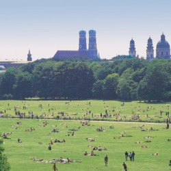Bike Tour Through Englischer Garten – On Its 220th Birthday